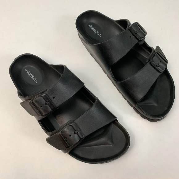 cf8107e6a0f Xhilaration Black Two Strap Footbed Sandals
